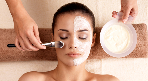 The Essential Steps for a Spa Facial