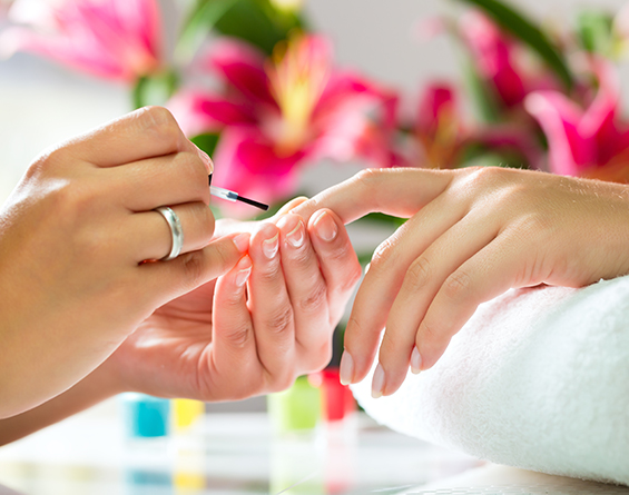 Threads - Natural Nail Salon Services in Dublin